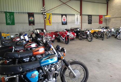 Notre grange Autos / Motos de Chavenay